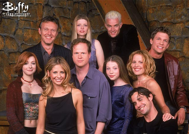 joss-whedon-buffy-cast.jpg