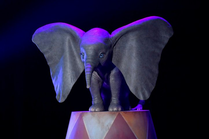 heres-your-first-look-at-dumbo-in-tim-burtons-live-action-adaptation1.jpg