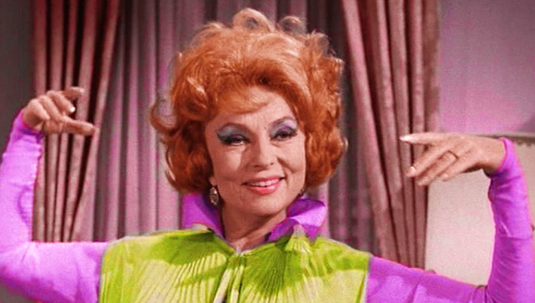 Agnes-Moorehead-as-Endora-on-Bewitched
